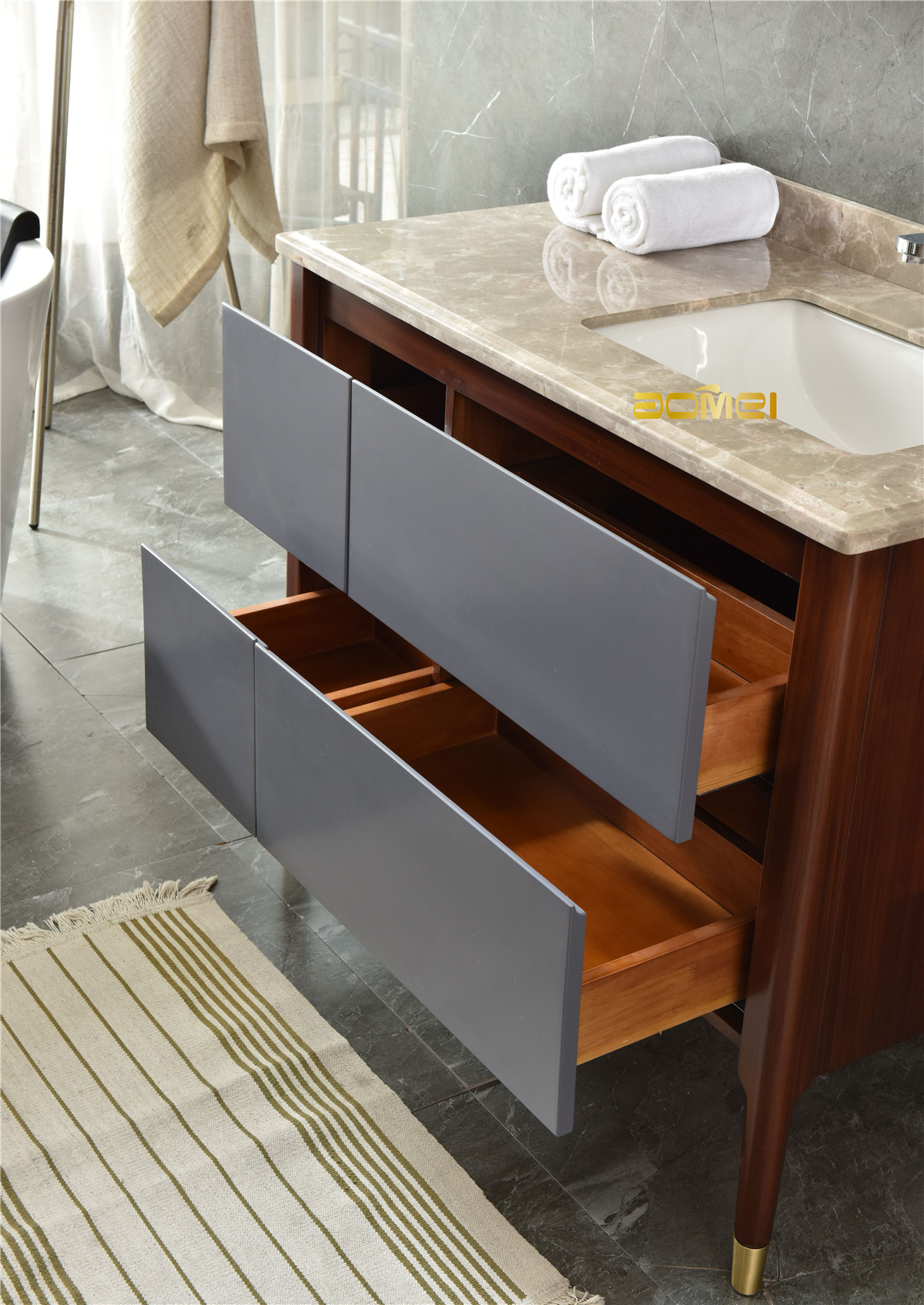What do you need to know about solid wood bathroom cabinets